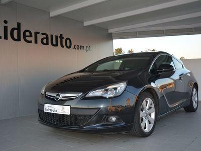 usado Opel Astra GTC 1.6 CDTi Full Extras (136 Cv)