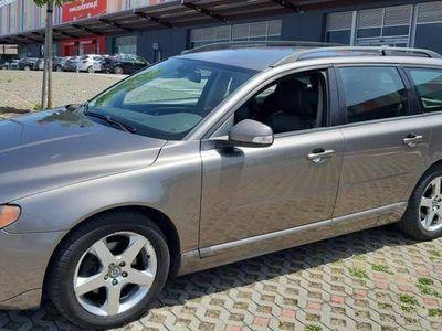 usado Volvo V70 Momentum 2.0D 136cv