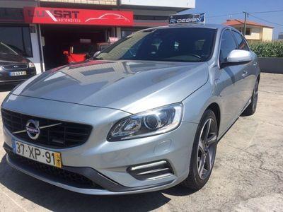 usado Volvo V60 D6 R-Design Plug -In Hybrid 286cv Muitos extras Garantia até 5anos