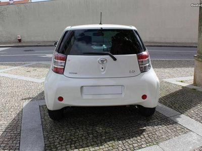 usado Toyota iQ 1.4 d-4d 90cv - 10