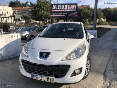 usado Peugeot 207 1.4 HDI 98 MIL