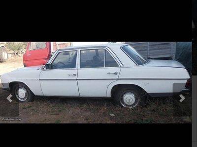 usado Mercedes W115 220