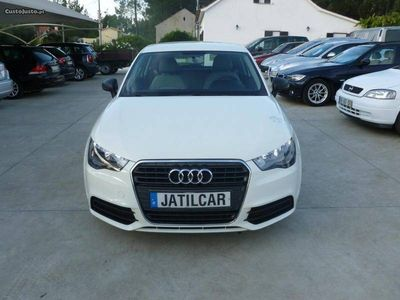 usado Audi A1 1.6 TDI Attraction