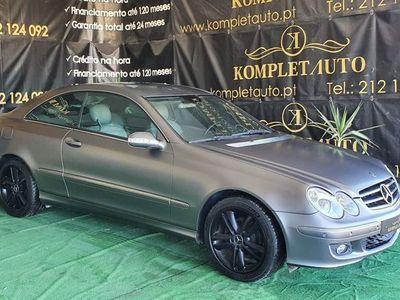 usado Mercedes CLK220 ---