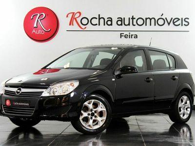 usado Opel Astra Hatchback 1.3CDTI