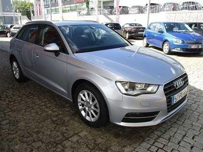 usado Audi A3 1.6 TDi Attraction Ultra