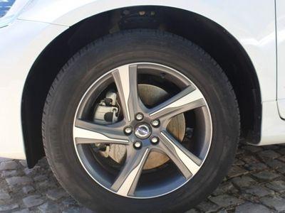 usado Volvo XC60 R DESIGN