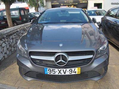 usado Mercedes CLA180 urbam gps e sensores