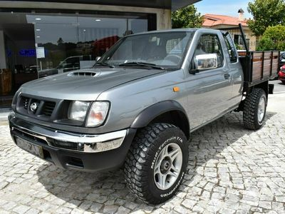 usado Nissan Navara 2.5 TD 4WD 4Lug.