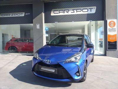 usado Toyota Yaris 1.5 Hybrid Collection