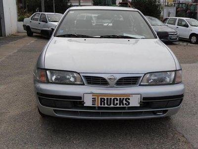 usado Nissan Almera 2.0 van