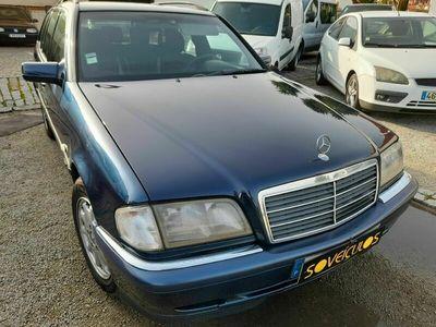 usado Mercedes C250 2.5 TD 150cv 5lug
