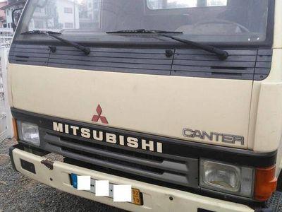 usado Mitsubishi Canter Basculante