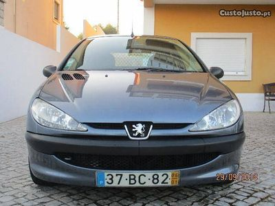 gebraucht Peugeot 206 1.4 hdi 2 lugares