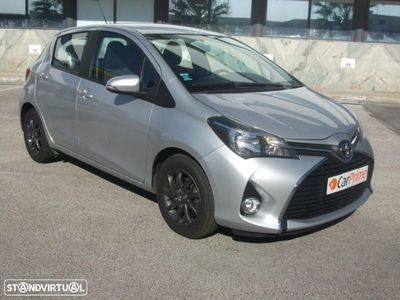 usado Toyota Yaris 1.4D 5P Confort Pack Style