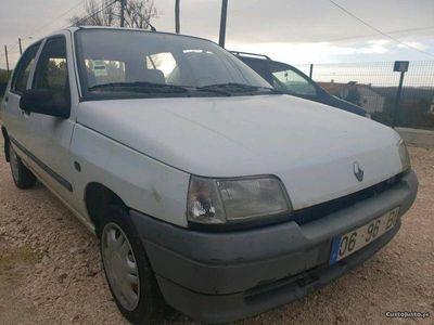 gebraucht Renault Clio 1.1i