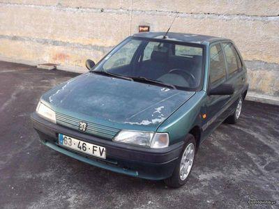 usado Peugeot 106 PARA DESOCUPAR