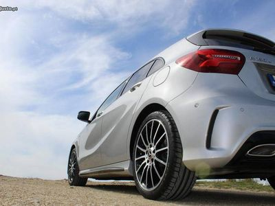 gebraucht Mercedes A180 AMG Line Art Edition