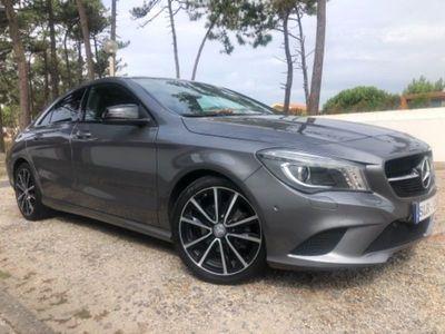 usado Mercedes CLA180 CDI Urban • Pack Night • GPS • Revisões todas Marca •