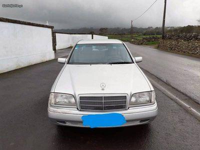 usado Mercedes C220 2.2