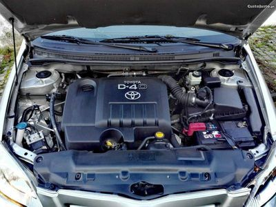 usado Toyota Corolla d4d sol sinistrados -
