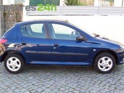 usado Peugeot 206 1.1 XT 5P
