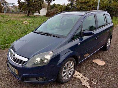 usado Opel Zafira 1.9CDTI 7L Nacional