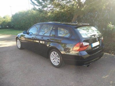 usado BMW 320 d Touring - nacional -