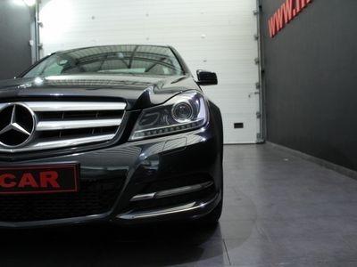 usado Mercedes C220 Classe CCDi Avantgarde BE (170cv) (4p)