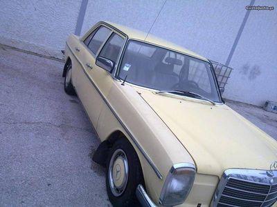 usado Mercedes W115 200