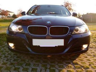 usado BMW 320 320 d Touring Efficient Dynamics Navigation