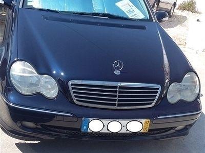 usado Mercedes C270 ClasseCDi Avantgarde (170cv) (4p)