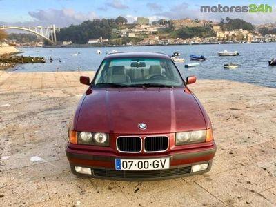 usado BMW 318 Série 3 i
