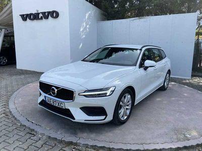 usado Volvo V60 II B4 197cv Híbrido Gasóleo Momentum Core FWD Auto