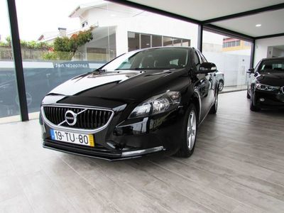used Volvo V40 D2 Momentum Eco