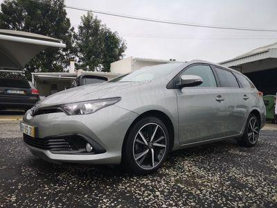 usado Toyota Auris Touring Sports 1.4 D4D CONFORT + TECHNO+ PACK SPORT