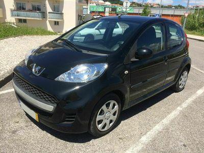 usado Peugeot 107 1.0 Trendy Cx/Auto(Homologação Acelerador e travão Manual)