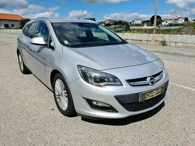 usado Opel Astra Sports Tourer 1.7 CDTI Cosmos
