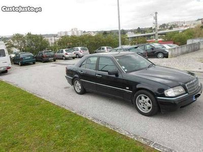 usado Mercedes C220 primeira verçao - 96