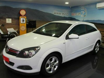 usado Opel Astra GTC 1.7 Cdti Van