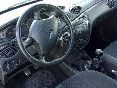 usado Ford Focus 1.8. 115 cv - 03