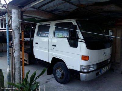 usado Toyota Dyna 150 - 01