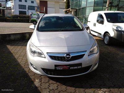 usado Opel Astra 1.7CDTI Cosmo