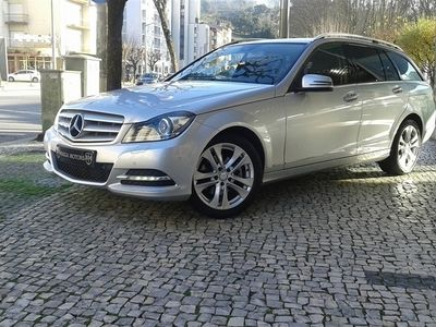 usado Mercedes C250 Classe CCDi Avantgarde BE Aut. (204cv) (5p)