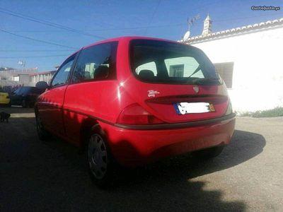 usado Lancia Ypsilon elefantinho
