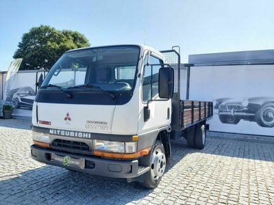 usado Mitsubishi Canter caixa com 4.42 m comprimento