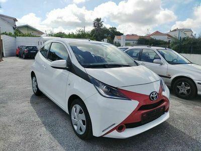 usado Toyota Aygo 1.0 X-Play
