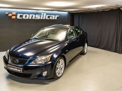 usado Lexus IS220d M6 Luxury Premium Navigator