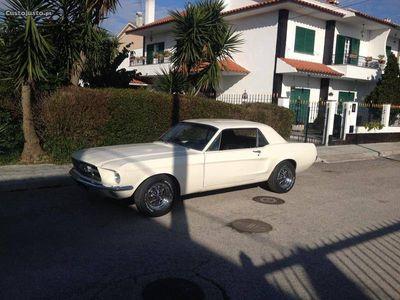usado Ford Mustang Hard Top 4