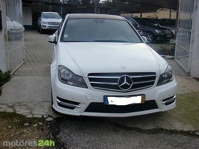 usado Mercedes C220 ClasseCDi Avantgarde BE 131g Aut.